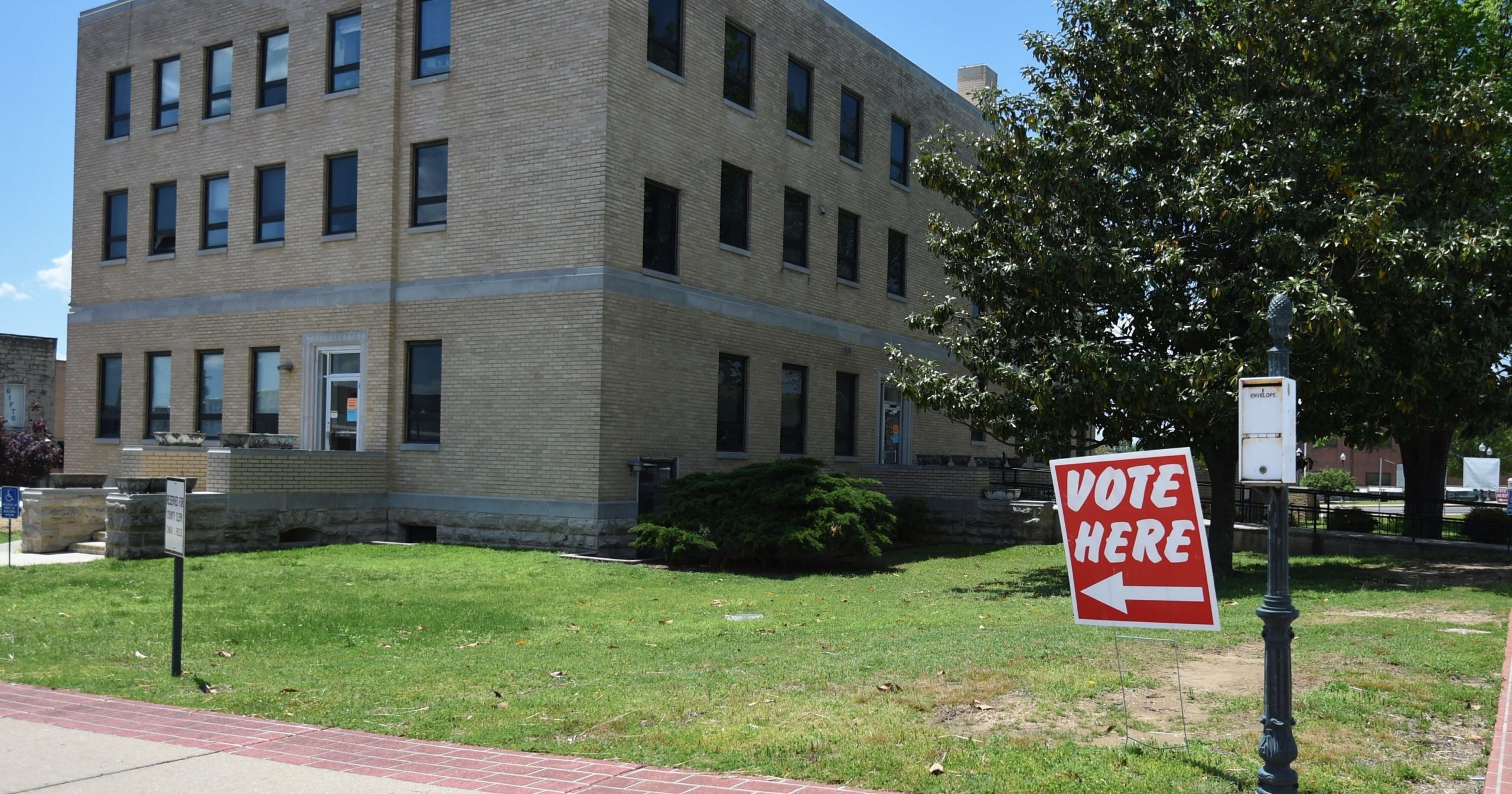 early-voting-for-arkansas-primary-election-closes-today-–-the-baxter-bulletin