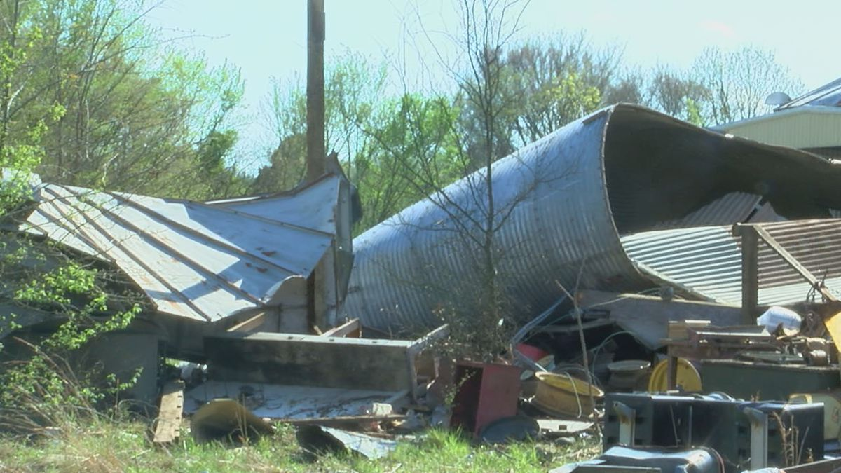 jackson-co.-community-trying-to-bounce-back-after-saturday's-tornado-–-kait